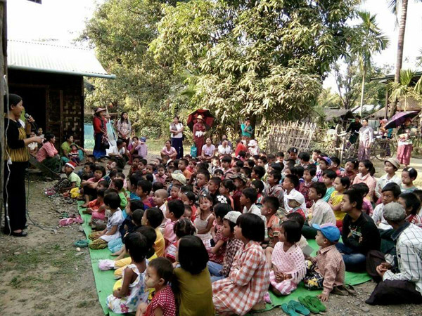 Learn more about the Children Christmas held at Htauk-kyant Village, for South East Asia Bible College.